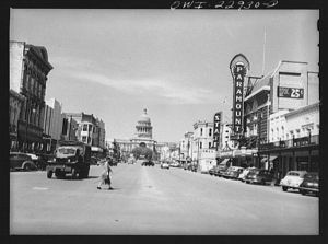 Congress Avenue in 1943